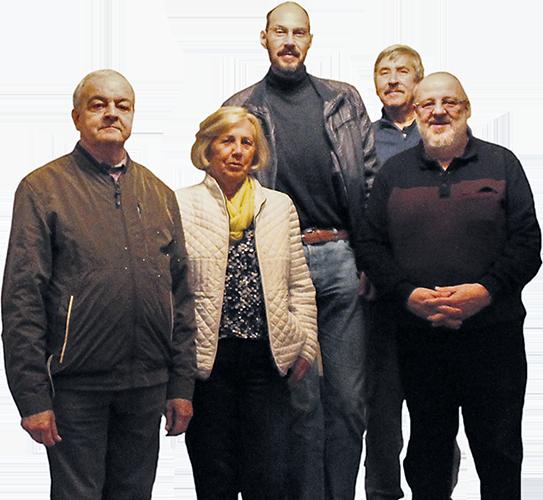 Vorstandsmitglieder des Kirchbauvereins, Werner Blum Superintendent a.D., Inge Landgraf, Dr. Jörg Milde - Vereinsvorsitzender, Peter Mittelstädt, Gerd Dittel.